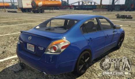 GTA 5 Nissan Altima 3.5SE vista lateral esquerda