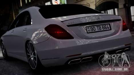 Mercedes-Benz w222 para GTA 4 vista direita