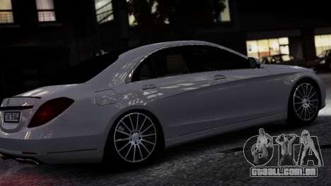 Mercedes-Benz w222 para GTA 4 esquerda vista