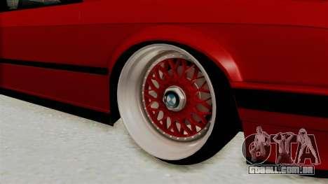 BMW M3 E30 Camber Low para GTA San Andreas vista traseira