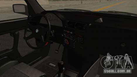 BMW M3 E30 Camber Low para GTA San Andreas vista interior