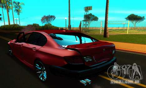 BMW M5 F10 2012 para GTA San Andreas vista inferior