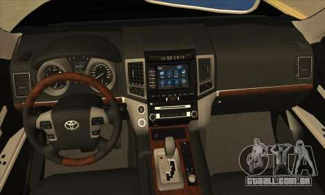 Toyota Land-Cruiser 200 para GTA San Andreas vista interior