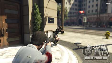 GTA 5 Realistic Bullet Damage terceiro screenshot