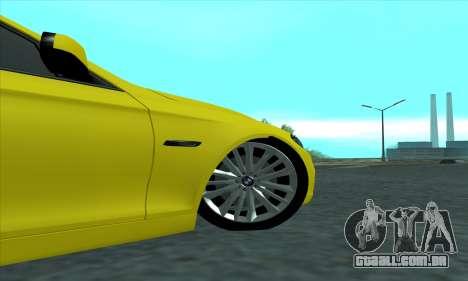 BMW 525 Gold para GTA San Andreas vista traseira
