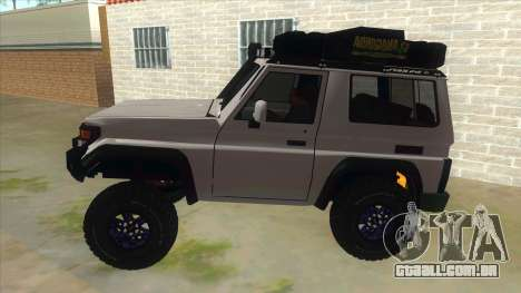 Toyota Machito Semi Off Road para GTA San Andreas esquerda vista