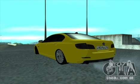 BMW 525 Gold para GTA San Andreas traseira esquerda vista