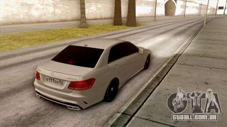 Mercedes-Benz E63 v.2 para GTA San Andreas vista traseira