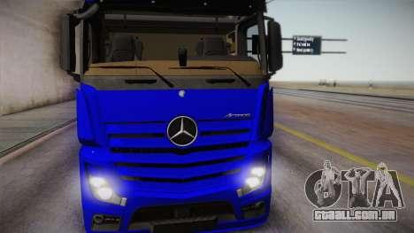 Mercedes-Benz Actros Mp4 6x4 v2.0 Gigaspace para GTA San Andreas traseira esquerda vista