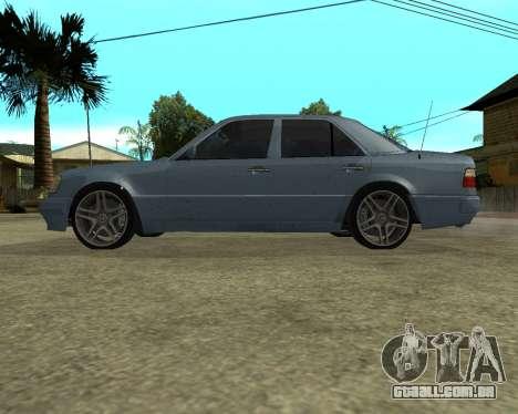 Mersedes-Benz E-500 Armenian para GTA San Andreas vista inferior
