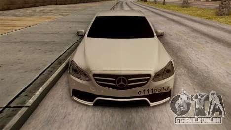 Mercedes-Benz E63 v.2 para GTA San Andreas interior