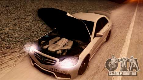 A Mercedes-Benz Е63 para GTA San Andreas vista superior