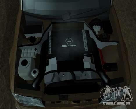 Mersedes-Benz E-500 Armenian para o motor de GTA San Andreas