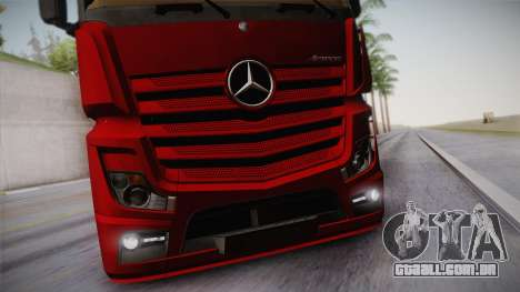 Mercedes-Benz Actros Mp4 6x4 v2.0 Bigspace v2 para GTA San Andreas vista interior