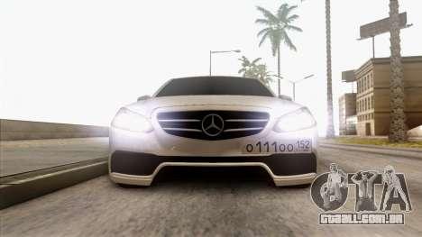 Mercedes-Benz E63 v.2 para vista lateral GTA San Andreas