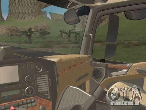 Mercedes-Benz Actros Mp4 6x4 v2.0 Bigspace v2 para GTA San Andreas interior