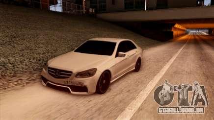 A Mercedes-Benz Е63 para GTA San Andreas