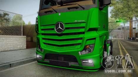 Mercedes-Benz Actros Mp4 6x2 v2.0 Bigspace para GTA San Andreas vista traseira