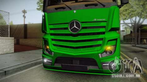 Mercedes-Benz Actros Mp4 6x2 v2.0 Bigspace para GTA San Andreas vista interior