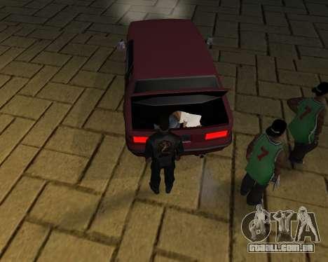 Para transportar o cadáver de 2016 para GTA San Andreas
