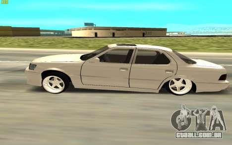 Toyota Celsior UCF10 para GTA San Andreas traseira esquerda vista