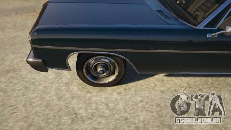 GTA 5 TLAD Regina Sedan voltar vista