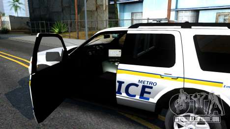 Ford Explorer Metro Police 2009 para GTA San Andreas vista interior